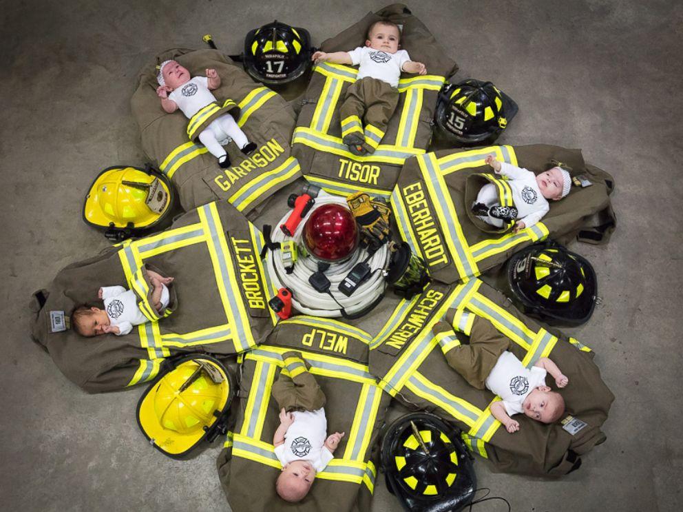 HT-mediapolis-fire-dept-babies-2-float-jt-170326_4x3_992