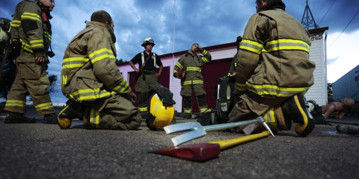 INEWS106-Volunteer_Firefighters-PHOTO-700x350